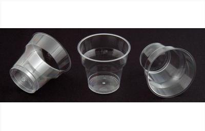 Pháp cấm đồ nhựa tiện ích, từ túi nilon đến cốc, đĩa nhựa dùng 1 lần.